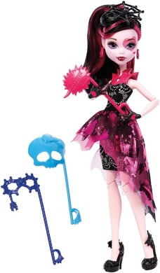 Monster High, Дракулаура, Танец без страха