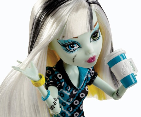 Monster High, Фрэнки Штейн, коффин бин